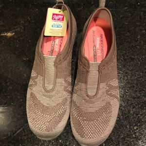 Sketchers Relaxed Fit Air Cooled Memory Foam 6.5